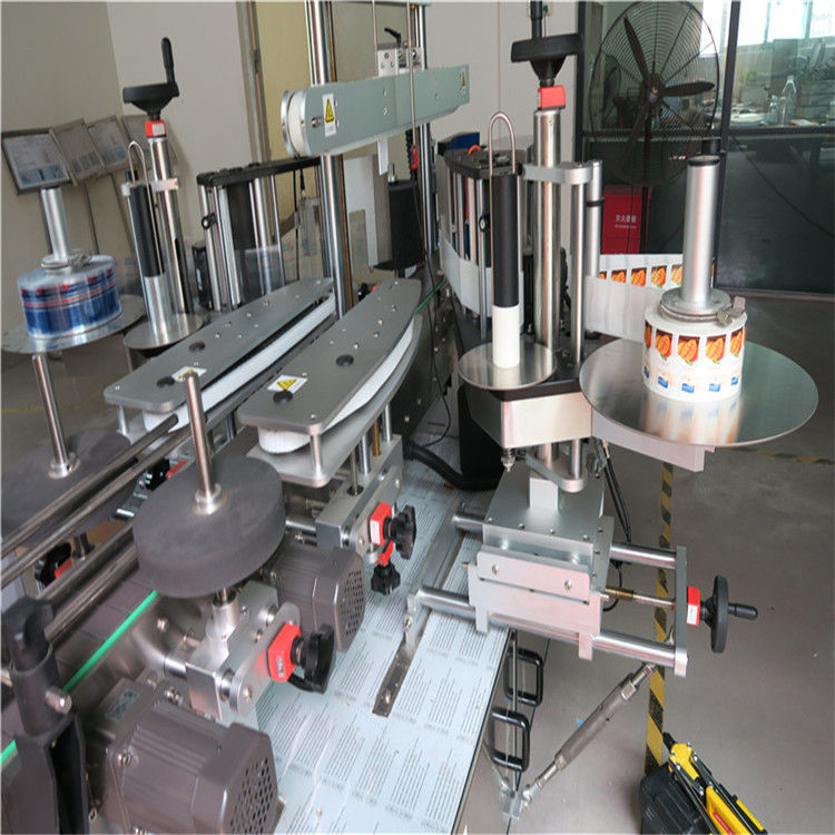 Máquina aplicadora de etiquetas adhesivas de botella redonda de un lado / doble